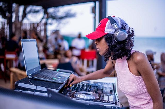 5 Best DJs in Auckland