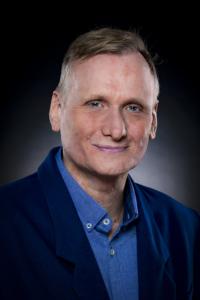 Dr. Ingo Lambrecht - Robert Street Clinic